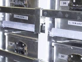 Étagères et armoires pour navires